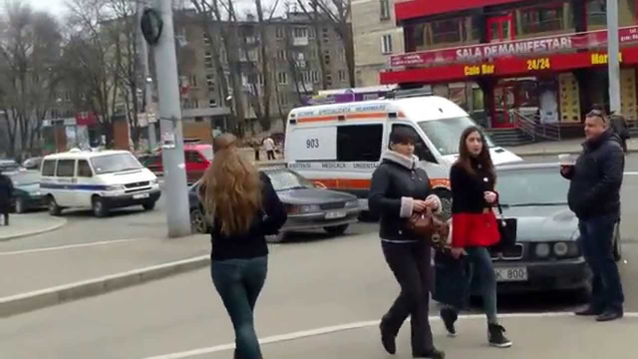Fărădelegi non-stop sub nasul poliției lîngă spitalul III