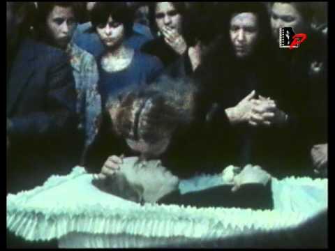 Прощание с Высоцким на Ваганьковском кладбище