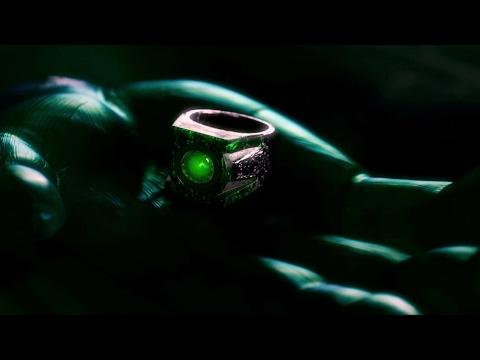 Abin Sur presents a ring to Hal Jordan  Green Lantern  cut