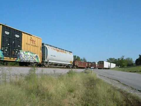 CSX local freight on Columbia, TN branch