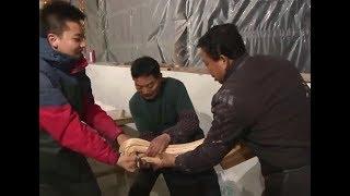 Handmaking barley sugar| CCTV English