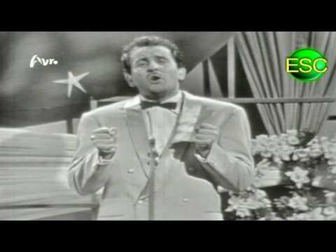 ESC 1958 01 - Italy - Domenico Modugno - Nel Blu Dipinto Di Blu (Volare)