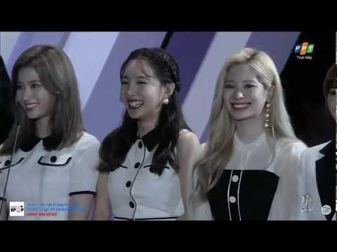 TWICE (트와이스) Win AAA BEST SOCIAL ARTIST - SINGER @ 2019 Asia Artist Awards