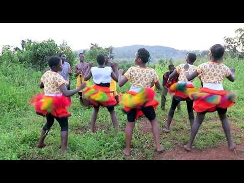 UGANDA TRADITIONAL MUSIC and DANCE - OTWENGE A Traditional dance from West Nile, Uganda