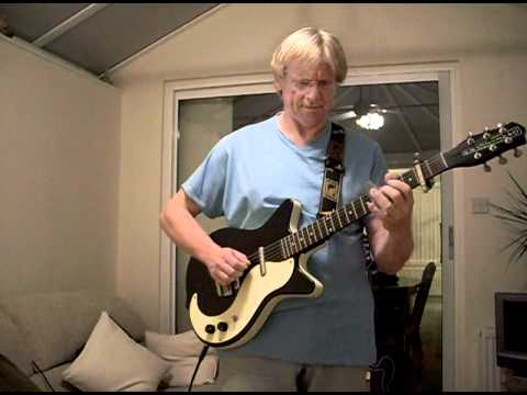 Danelectro Blues - Slow and Clean