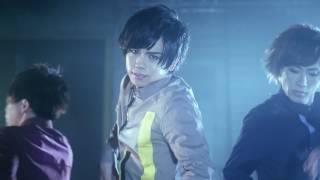 トラフィックライト。 メジャーデビューシングル「Dance Dance!! / Traf...