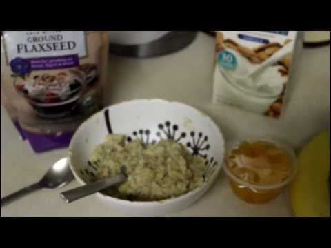 70 * What's For Breakfast? Healthy Oatmeal and Fruits