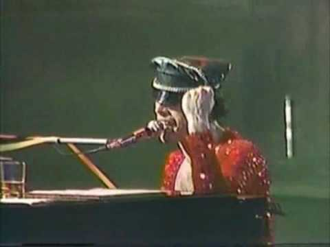 Queen - Live in Newcastle 1979 (Rare Live)