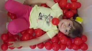 Учим Цвета с Шариками Цвета на Английском языке Веселое Видео для Детей и Малышей