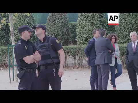 2 Catalan police officers, 2 separatist leaders in court on sedition charges