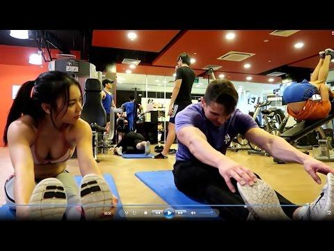 Leg & Abs workout with Bikini Athlete Christyn Hoang