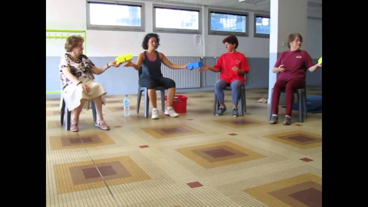 Exercice gymnastique sur chaise - Gym avec une chaise bernadette de gasquet ...