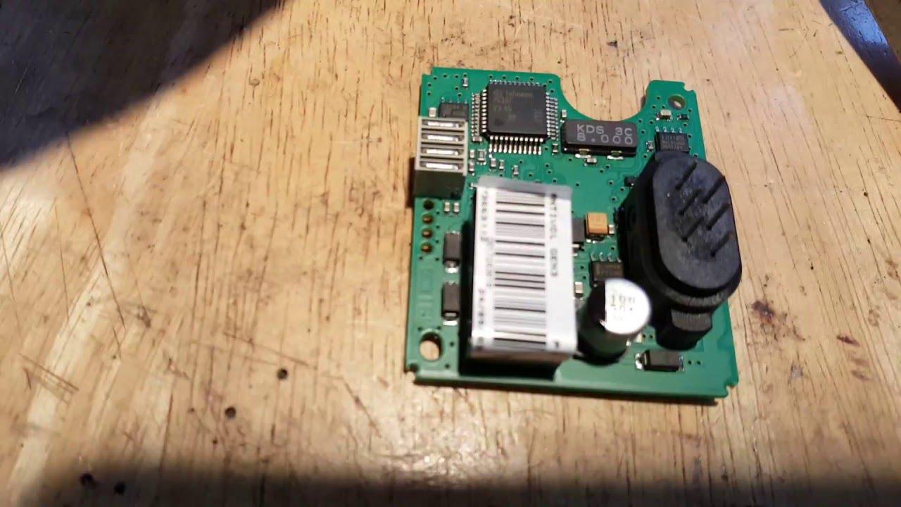 renault megane steering lock fault repair youtube renault megane wont start fuse box  [ 1280 x 720 Pixel ]