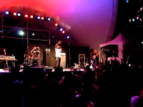 (Peter Gabriel Strings) Emmanuel Jal with Jeff Gunn on Guitar  - We Want Peace Live