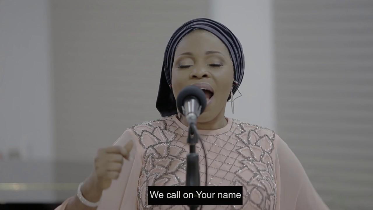 Download Tope Alabi - AWA GBE O GA (Spontaneous Song)- Video