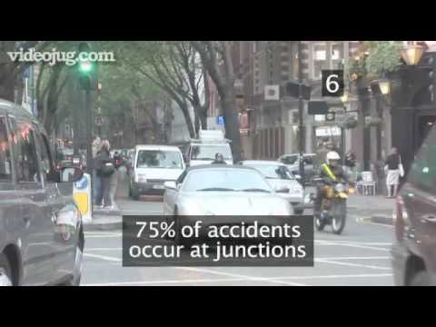 How To Cycle Safely In A City