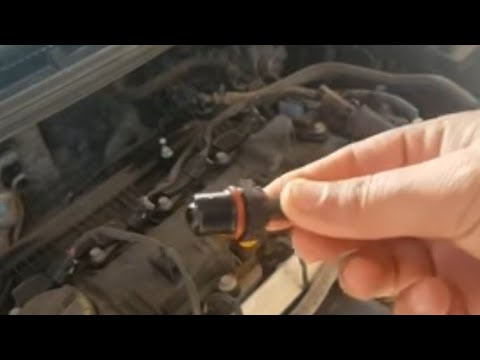 صيانة وتنظيف صمام PCV لمحرك السيارة How to clean and maintain the  PCV Valve in car engine