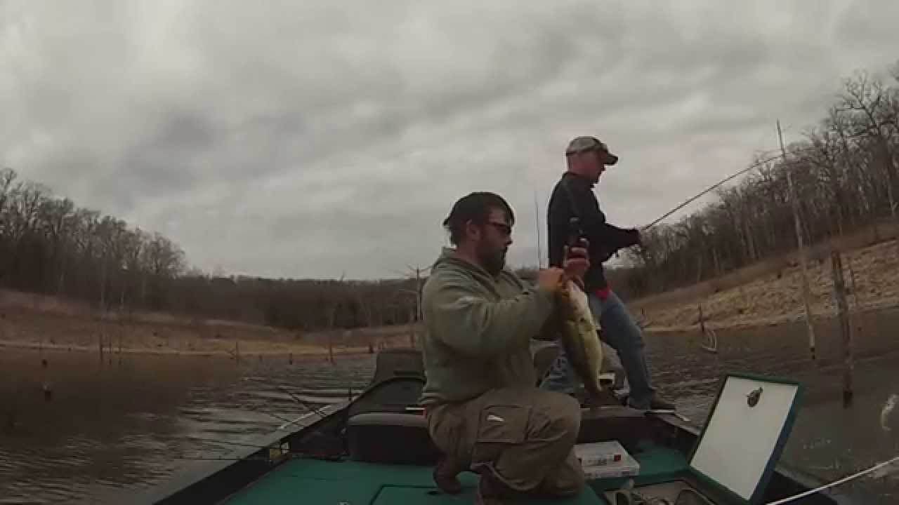 Truman lake pre spawn fishing youtube for Fishing report truman lake