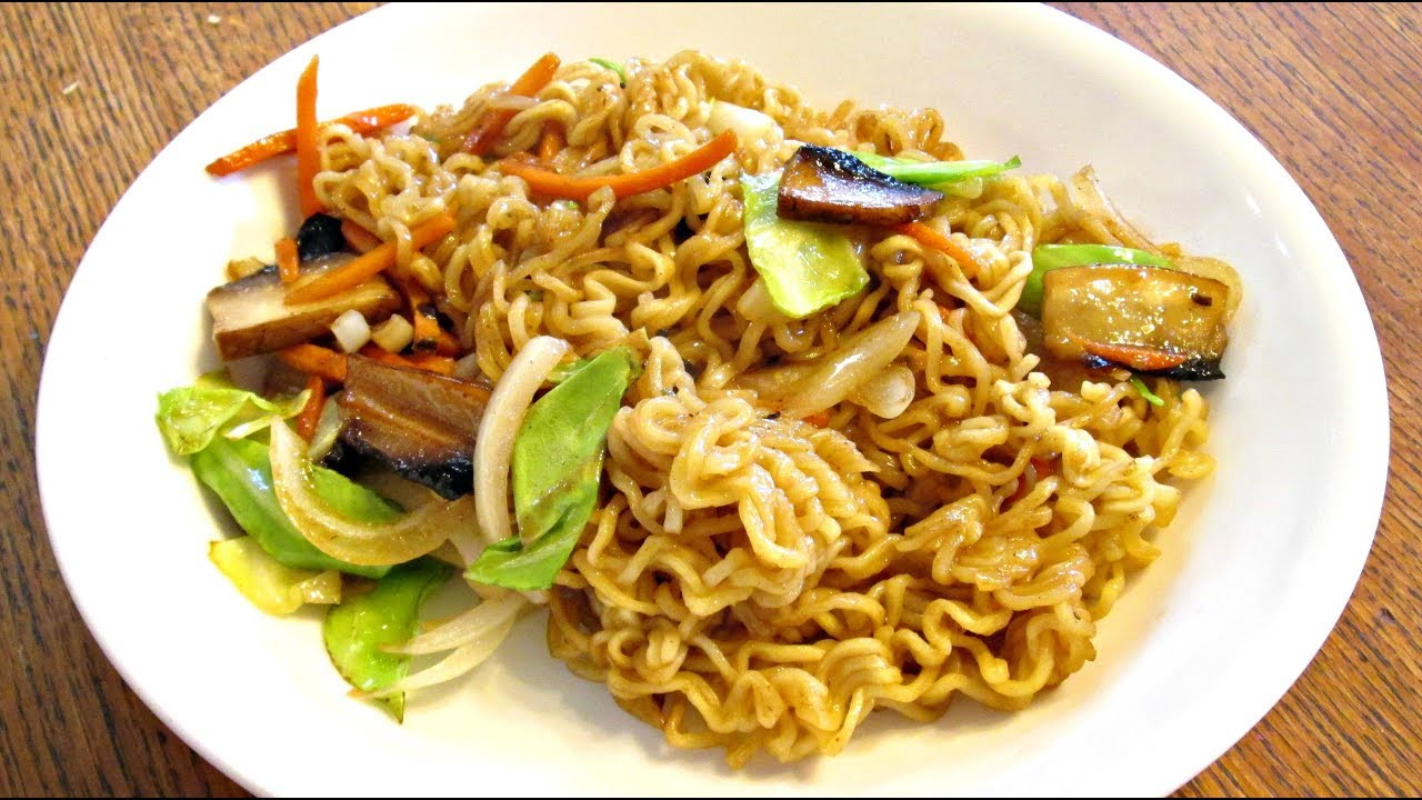 Lo mein western style fast food chow mein recipe with for Cuisine western