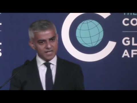 London Mayor Sadiq Khan historical Addresses in Chicago