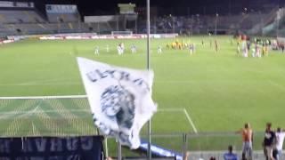 Brescia-Novara:alcuni tifosi contestano