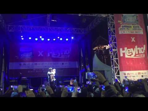 Last Child- Surat Cinta Untuk Starla (Live Jakcloth 2017)