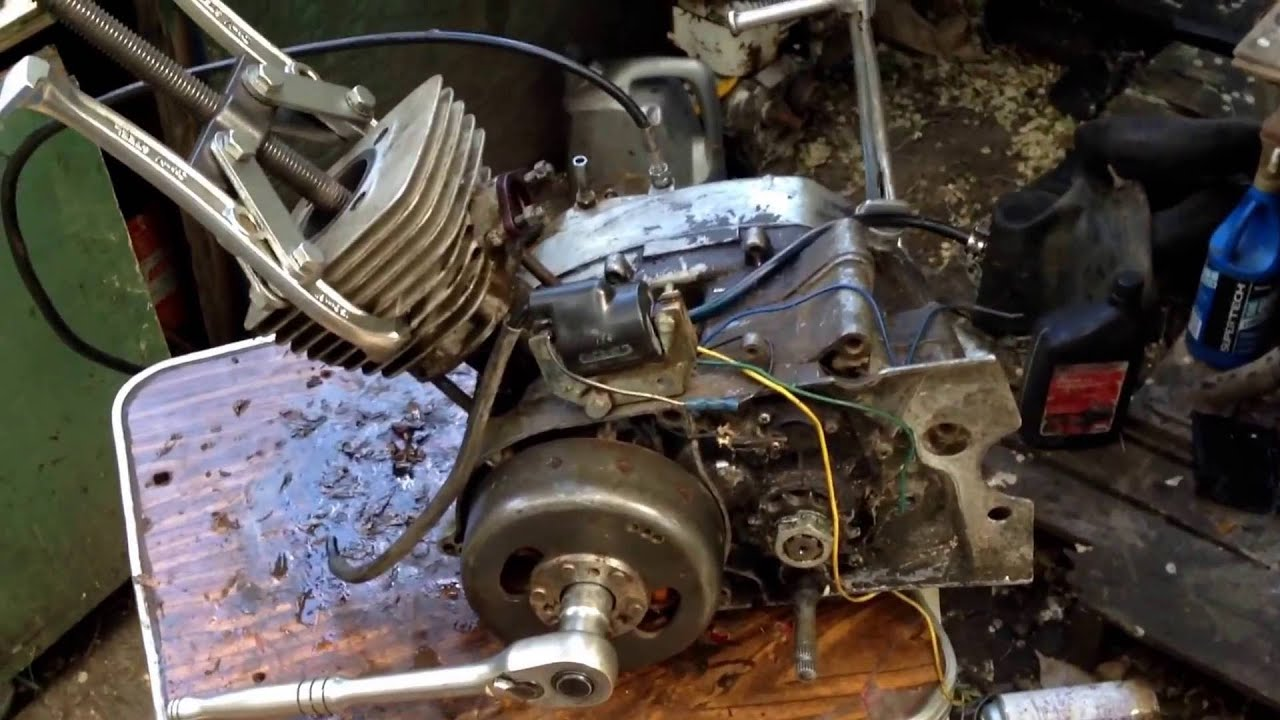 How to free up a seized piston on a old motorcycle