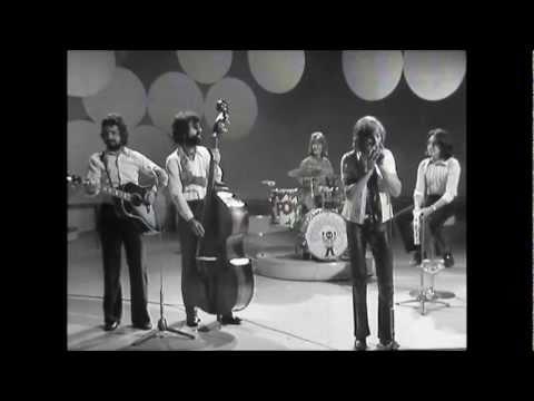 Marmalade - Rainbow - introduced by Lulu & Mamma Cass Elliot - 1970.wmv