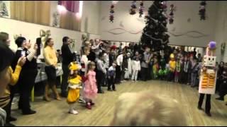 10  Парад костюмов из подручных средств(, 2014-01-27T10:42:00.000Z)