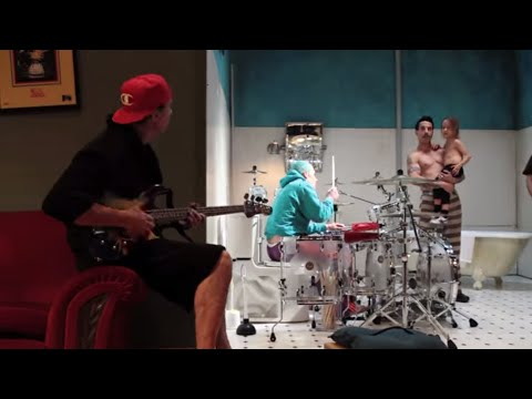 Red Hot Chili Peppers - Look Around [Behind The Scenes Of The Interactive Video] 1 Thumbnail image