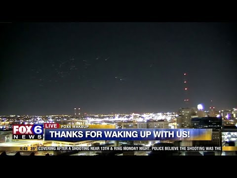 Mysterious Lights appear in the Sky over Milwaukee - FOX6 News