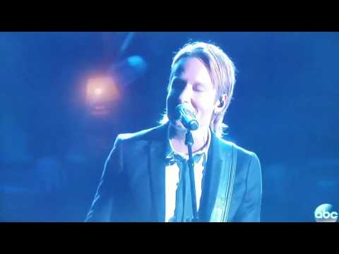 Blue Ain't Your Color By  Keith Urban