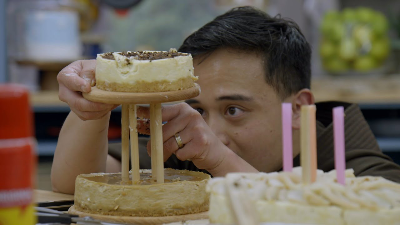 Great American Christmas Bake Off 2020 Brother Andrew's Cheesecake Tower Tumbles   The Great American