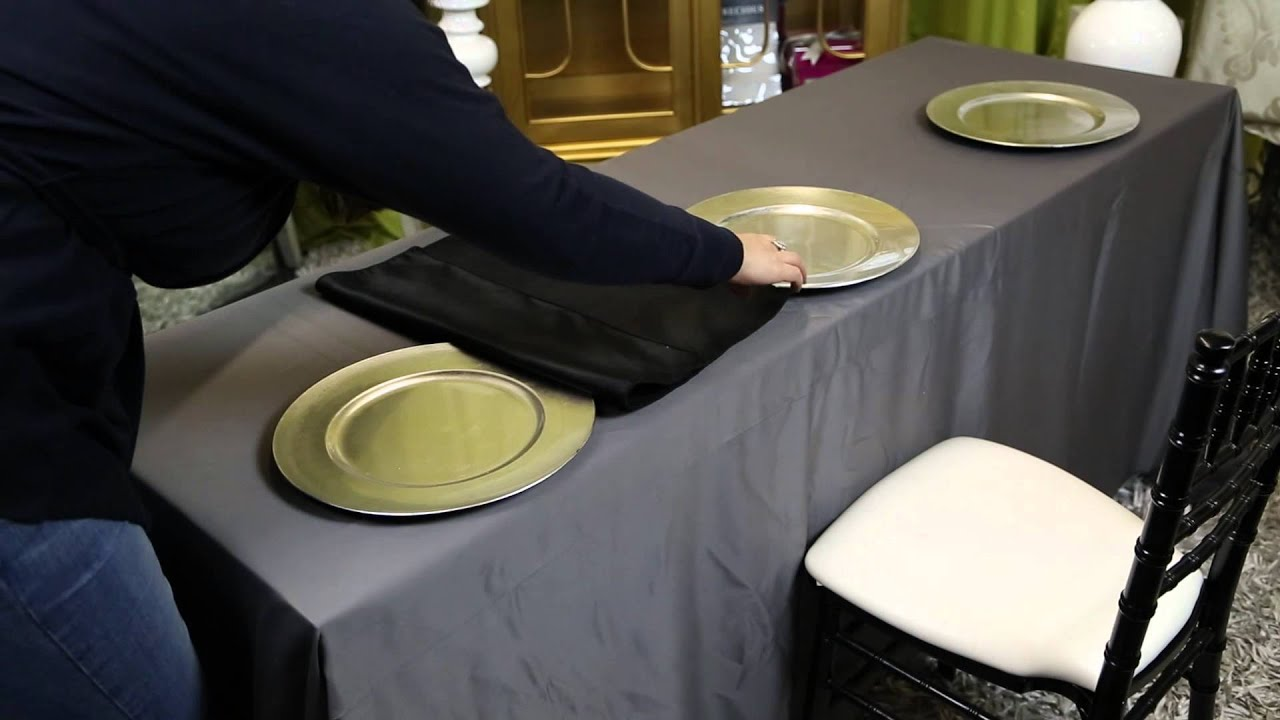 How To Decorate A Table How To Decorate Long Folding Tables For A Banquet  Wedding Decor
