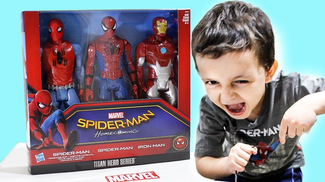 Spider Man Homem-Aranha De Volta ao Lar Pack Bonecos Homem de Ferro Titan Hero Series