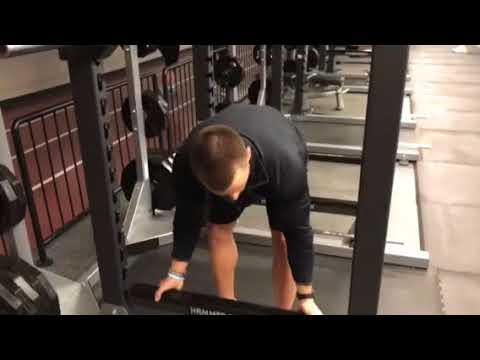 RAC – How to set up for a squat on our Hammer Strength full power rack