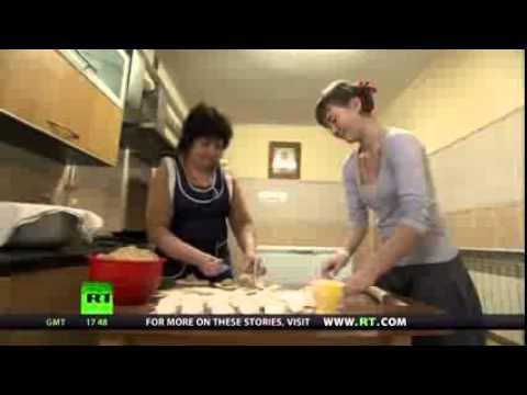 Сюжет телеканала RT о многодетной семье протоиерея Николая Стремского.