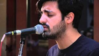 Baixar Young The Giant - Cough Syrup (FOX Uninvited Guest)