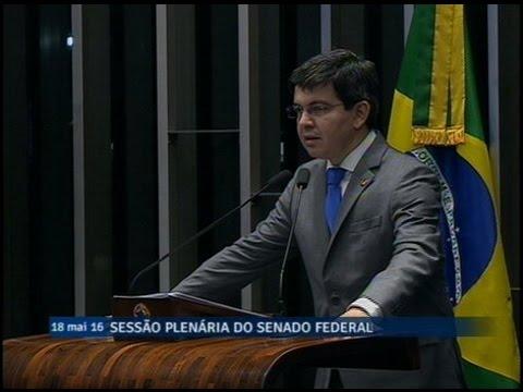 Randolfe Rodrigues critica possível redução do SUS e declarações do ministro da Saúde