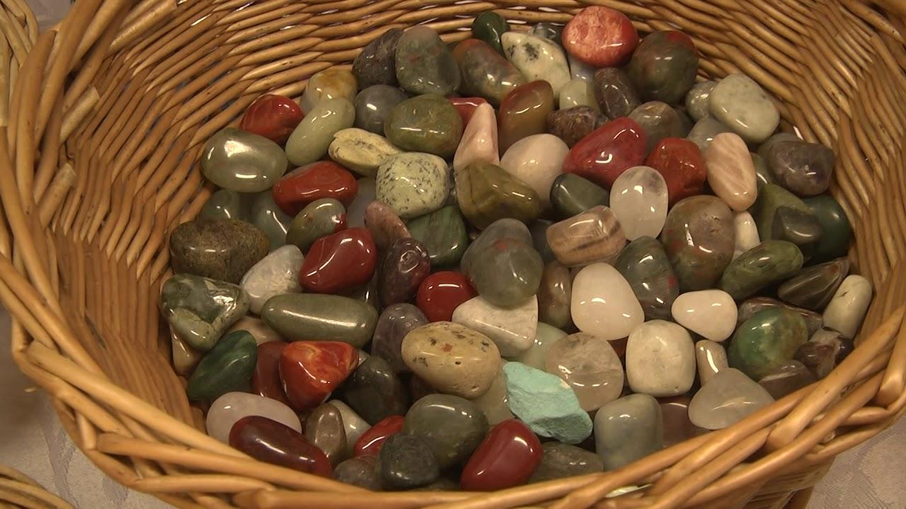 gyógyító látvány kövekkel)