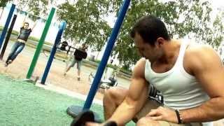 видео: Реальная качалка. Уличные тренажеры