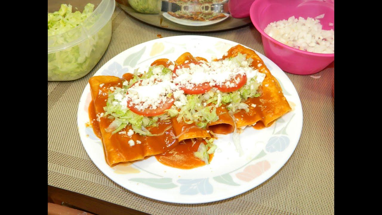 Enchiladas Rojas de Lomo de Puerco/Red Enchiladas - YouTube