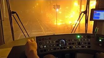 [ÜSTRA] Mit der Stadtbahn durchs Silvesterfeuerwerk | RTW-Einsatz, Eskorte, dichter Nebel [4K]