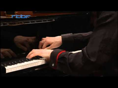 Boris Giltburg plays Mozart Concerto No. 15 in B-flat Major, K450 -- third movement