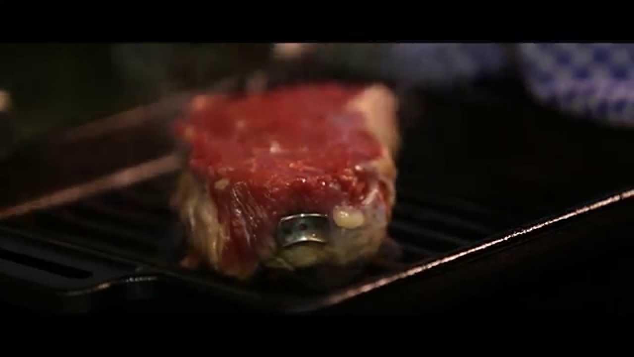 steakchamp perfektes steak in der pfanne braten youtube. Black Bedroom Furniture Sets. Home Design Ideas