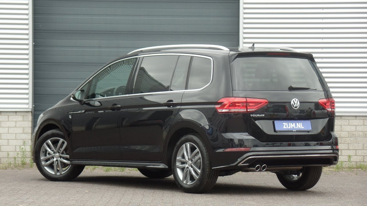 volkswagen new touran r line 2018 deep black pearl walk around inside detail youtube. Black Bedroom Furniture Sets. Home Design Ideas