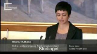 Hadia Tajik: Religions plass i samfunnet