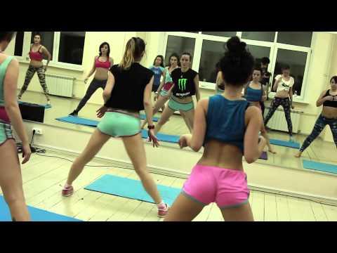 Twerk lessons ! whatch! thumbnail