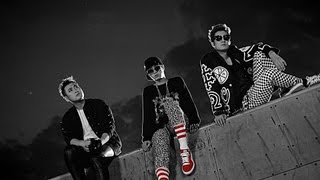 Watch Epik High UP feat Park Bom video