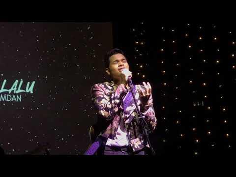 Free Download Angin Lalu - Aizat Amdan (live) Mp3 dan Mp4